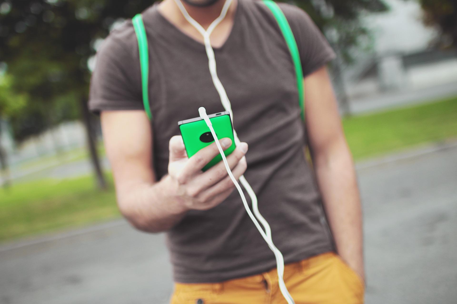 aumentar y mejorar el sonido del móvil