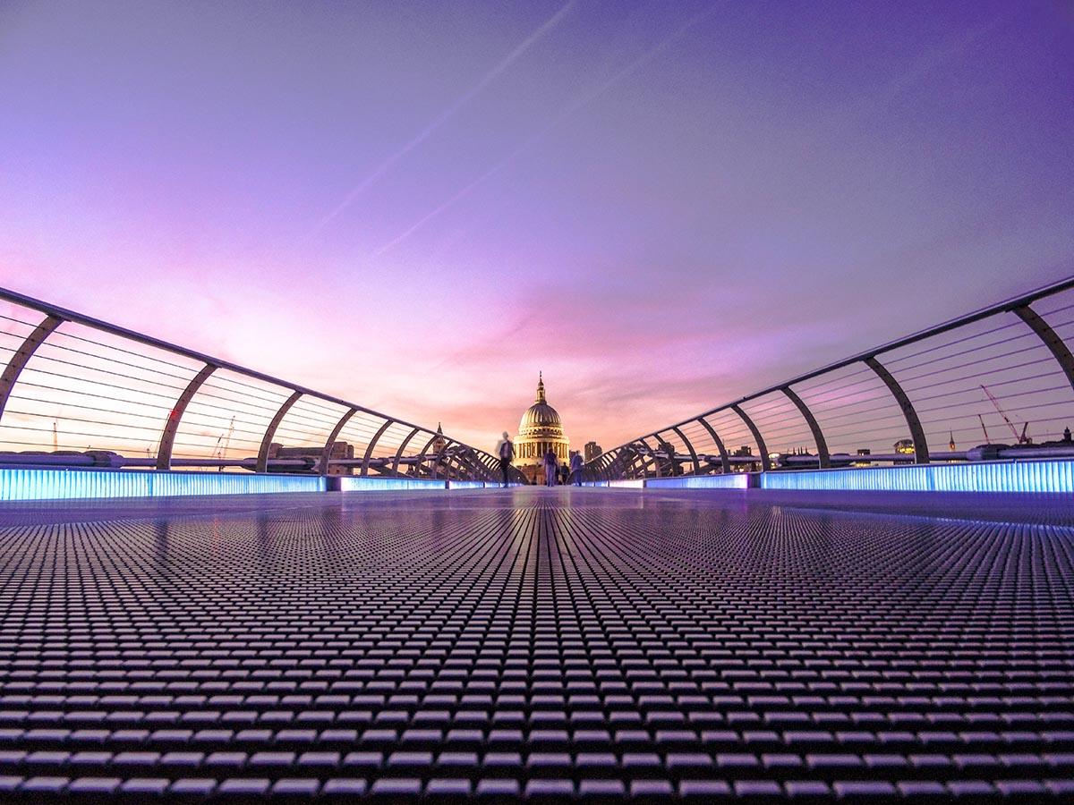 vista de londres desde el puente del milenio